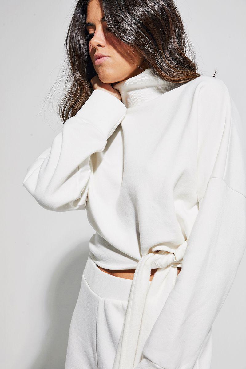 casaco-laco-moletom-branco-frente