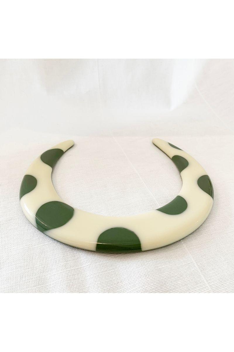 gargantilha-off-verde