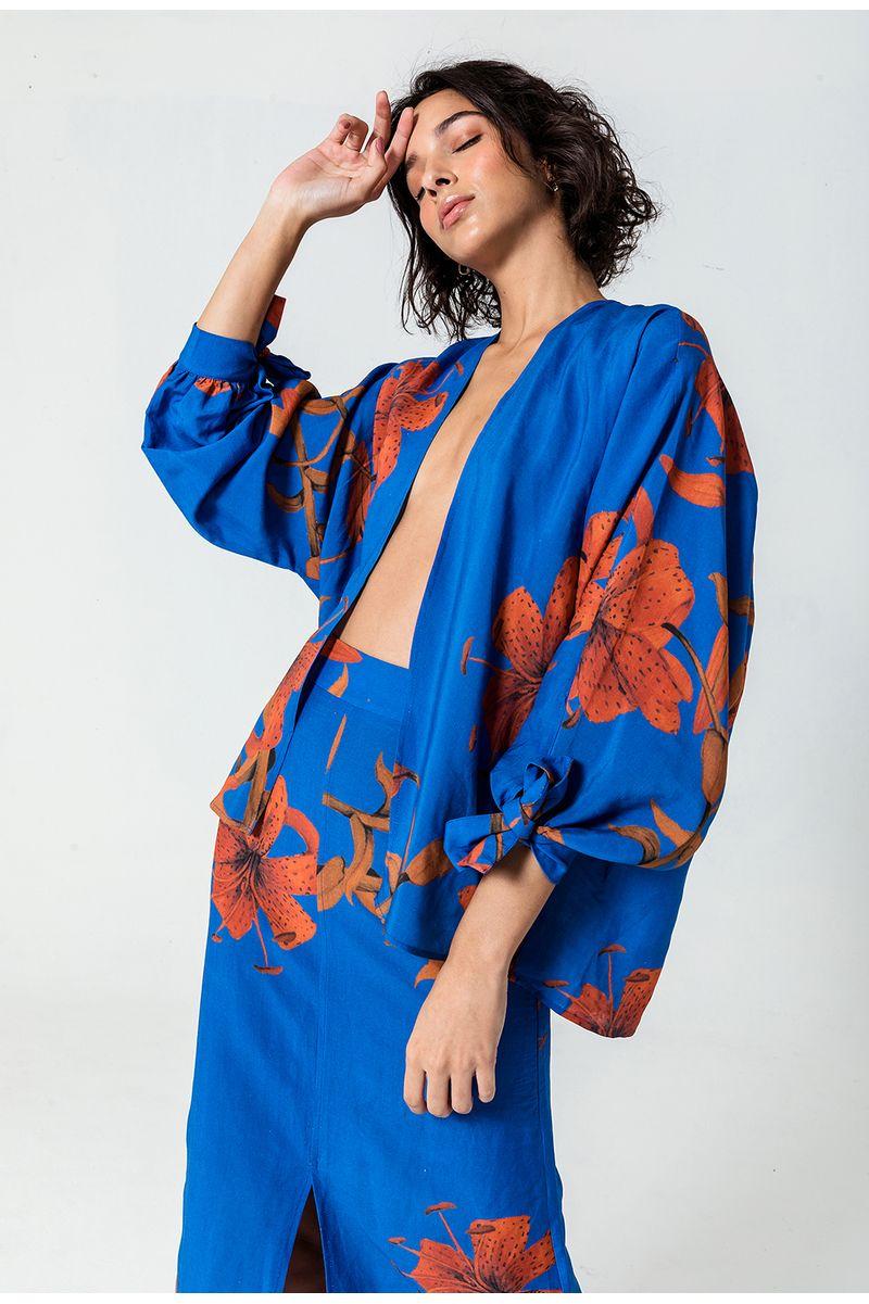 kimono-lirio-azul-frente
