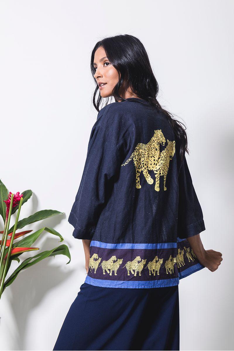 kimono-onca-oriental-costas