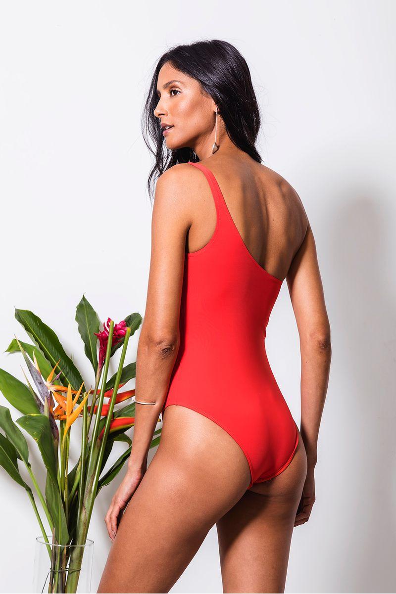 maio-umombro-vermelho-costas
